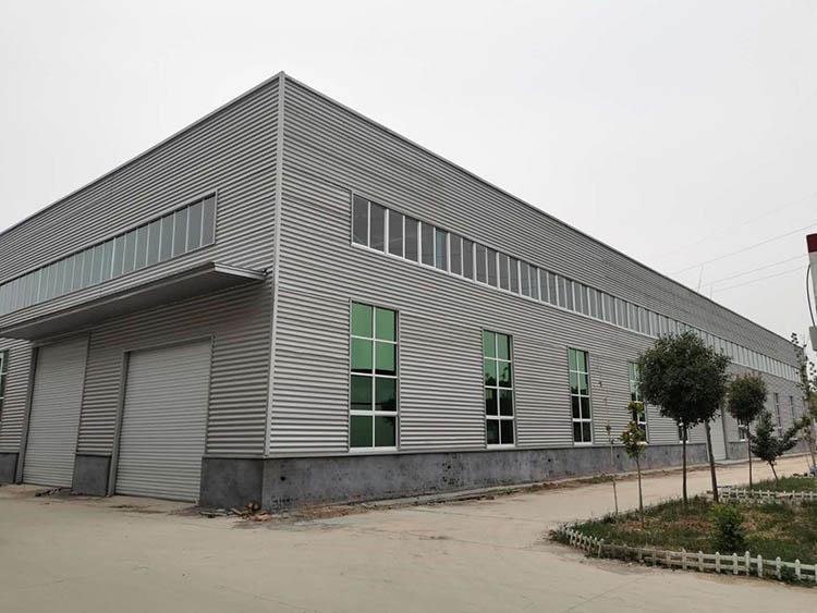 山东manbetx官网手机登录科技有限公司4号厂房与仓库建设完毕,近期投入使用。